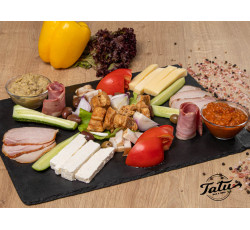 Platou traditional Tatu bar&grill